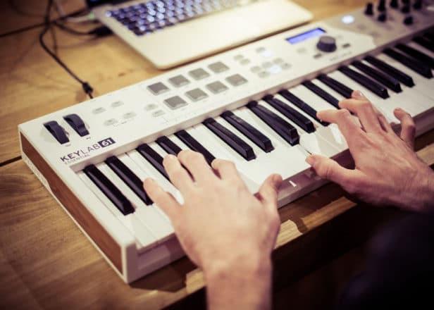 analog piano