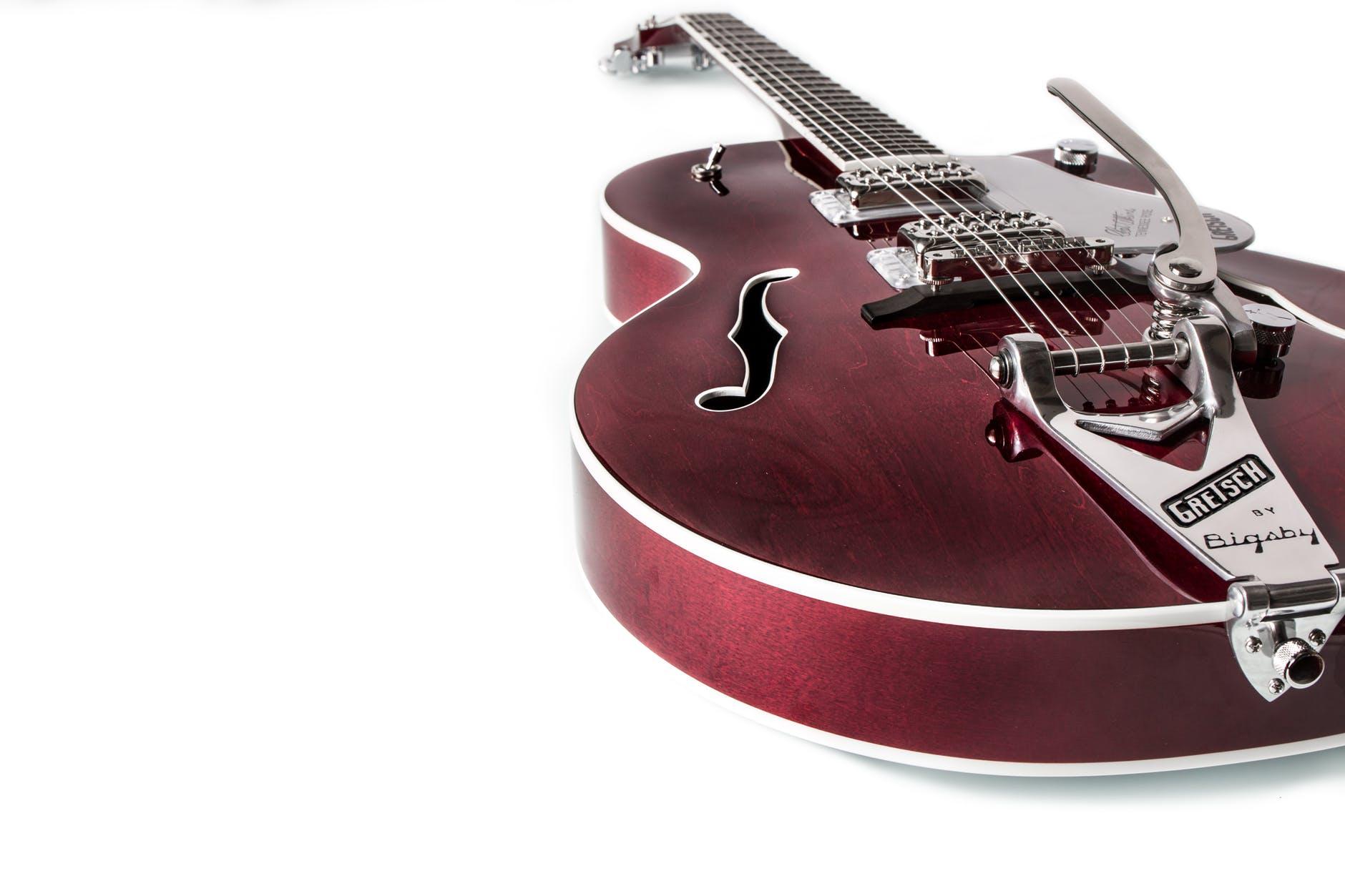 an electric guitar that has a vibrato bar