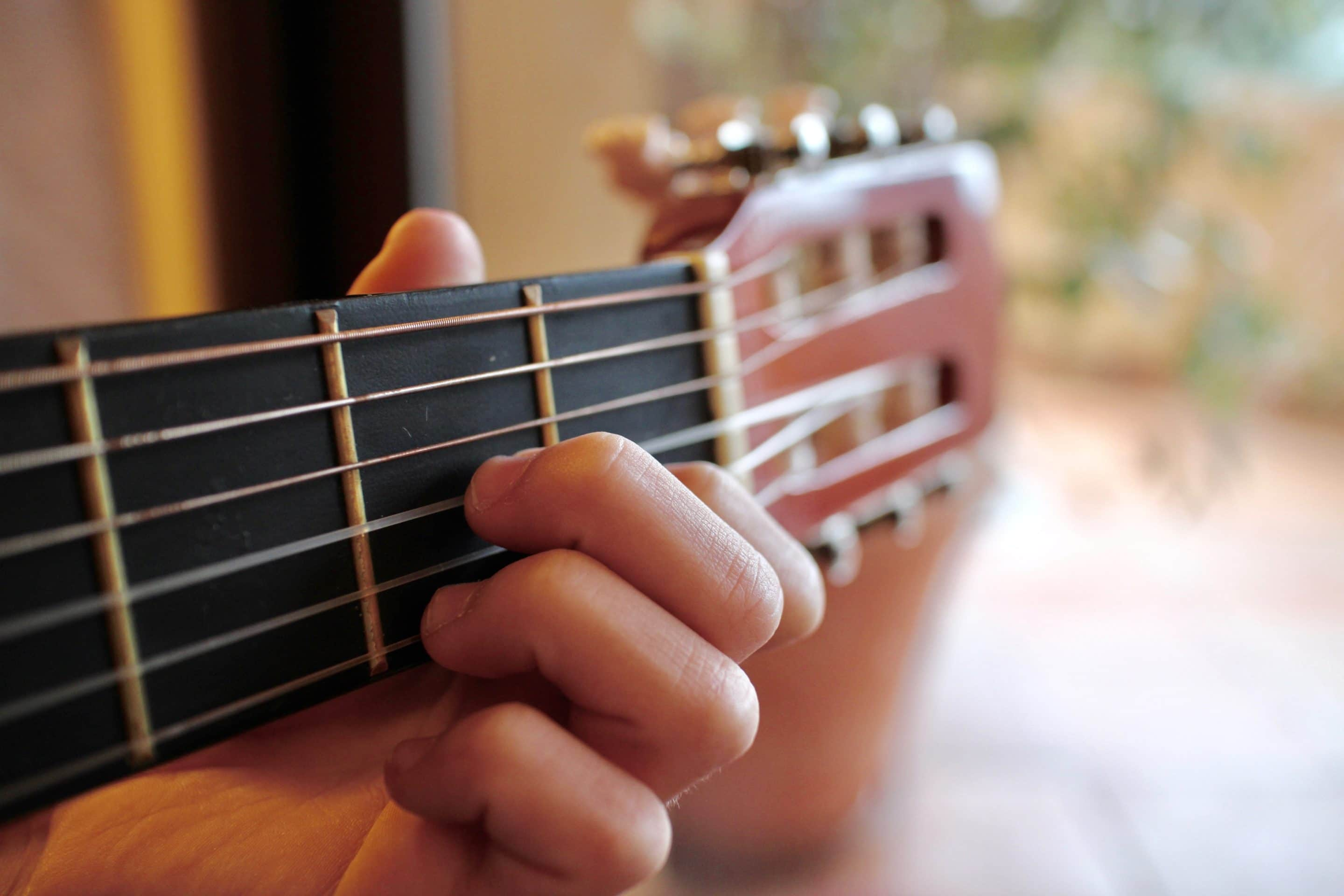 a smaller guitar perfect for kids who want to learn how to play guitar