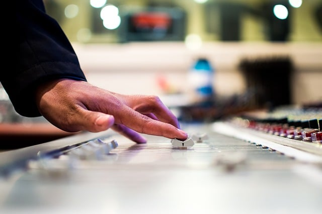 music mixer what does a music producer do